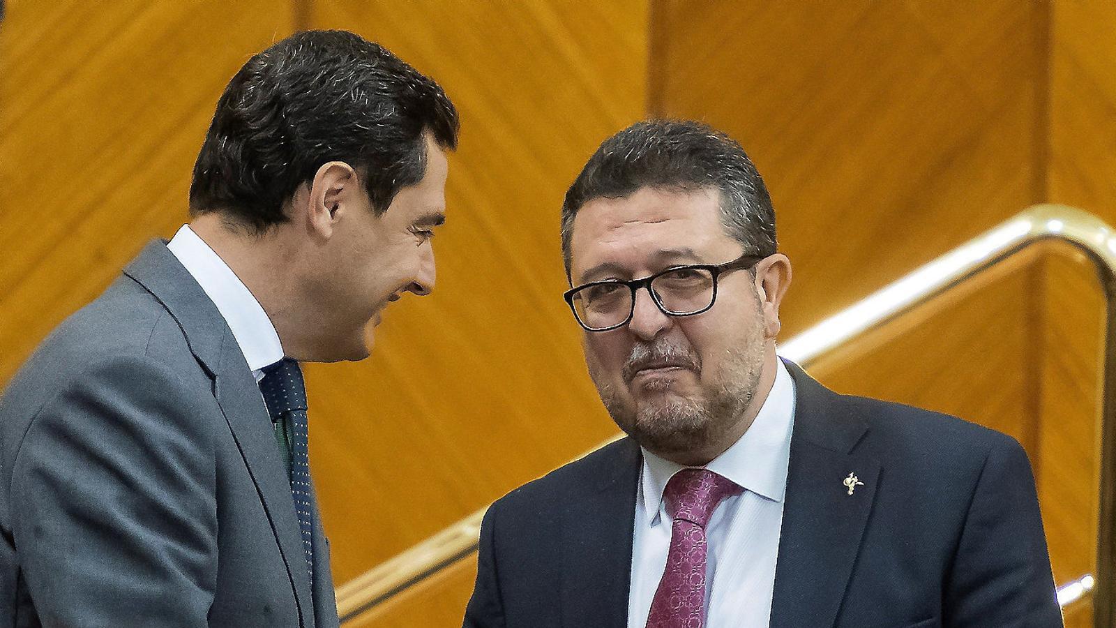 Vox tensa l'acord entre el PP i Cs amb una agenda ultranacionalista