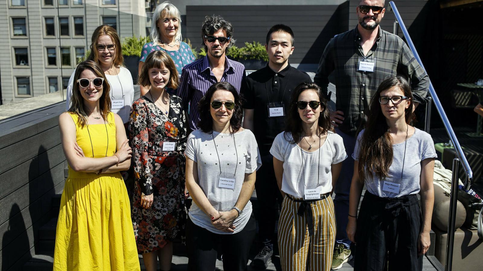 Foto de grup de la 17a Missió d'Editors de l'Institut Ramon Llull.