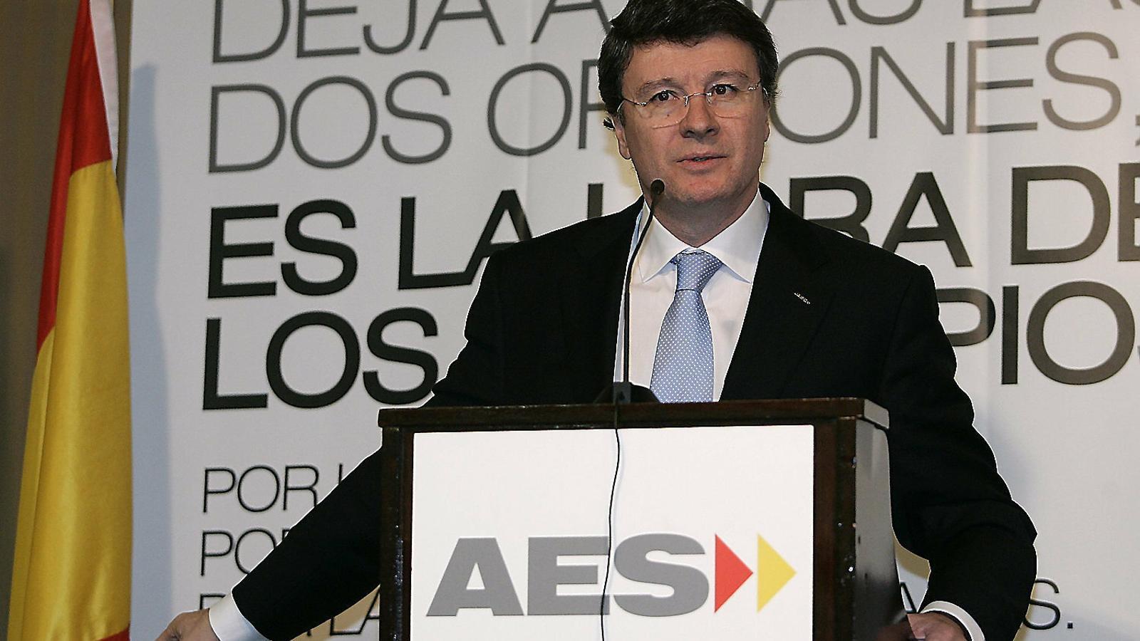 Rafael López-Diéguez en un acte del seu partit ultra en la campanya de les generals del 2008.