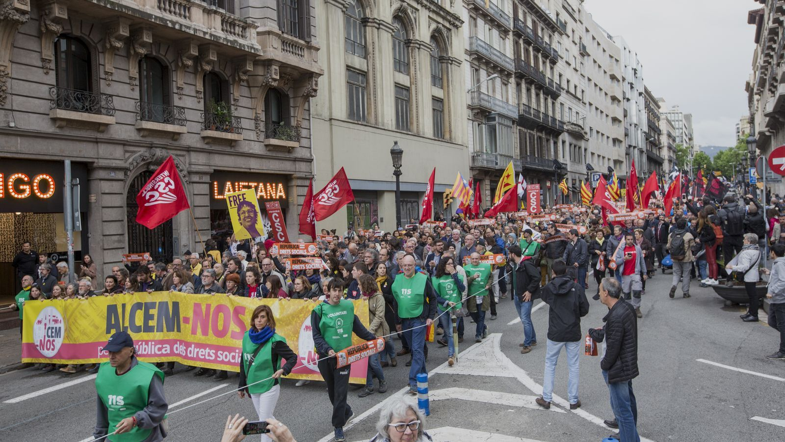 Intersindical-CSC és una de les organitzacions que convoca una vaga general en protesta per la sentència del procés.