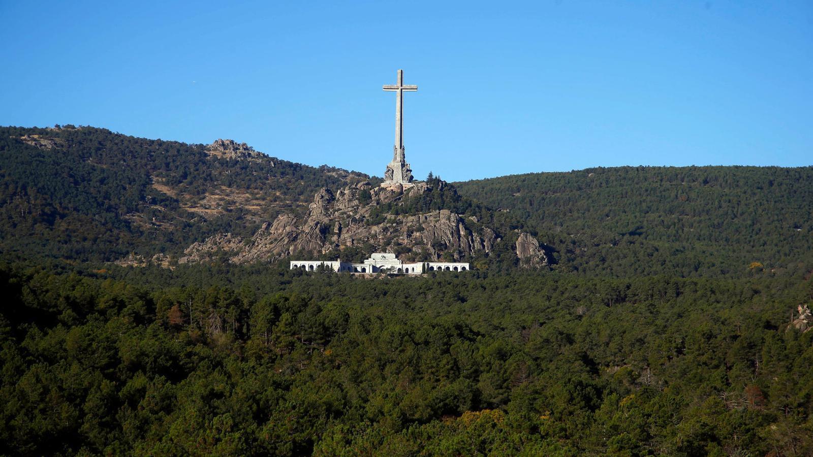 48 hores a l'ombra de la creu del Valle de los Caídos