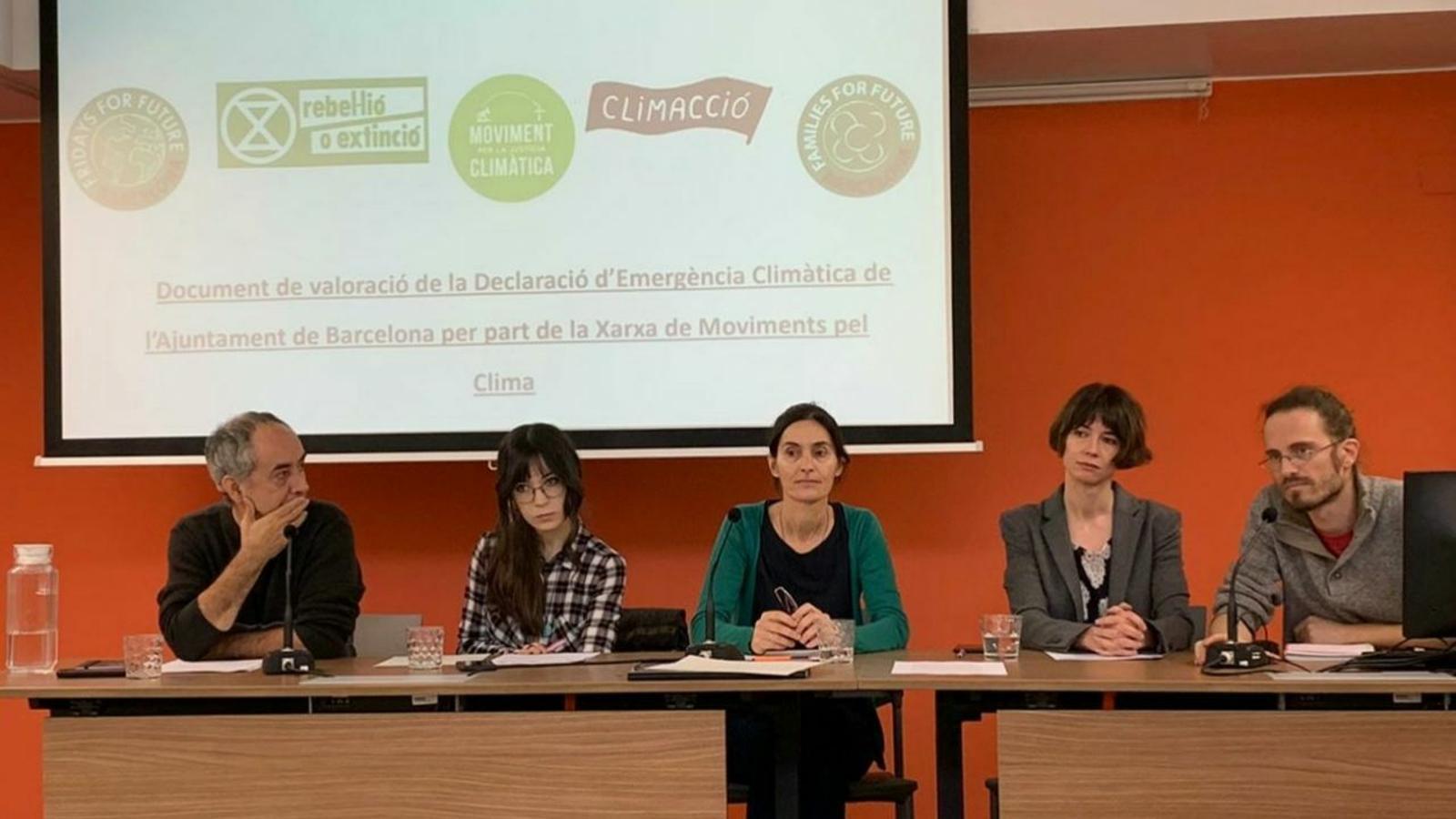 Les entitats ecologistes volen accions concretes per reduir les emissions de CO2 a Barcelona ja aquest mandat