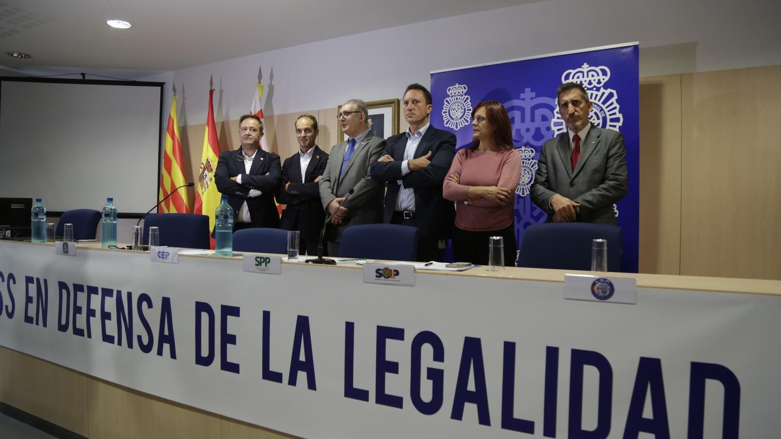 """Els sindicats de la Policia Nacional diuen que no són a Catalunya per perseguir """"urnes o paperetes"""""""