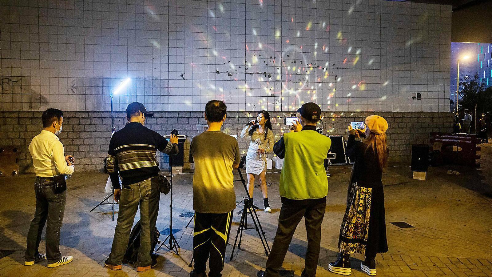 La Xina torna a la realitat després de  60 dies de batalla contra el coronavirus