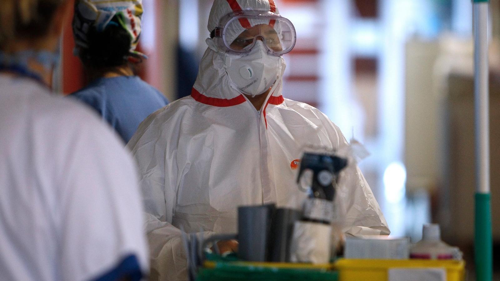Sanitaris de Son Espases que tracten el Covid-19