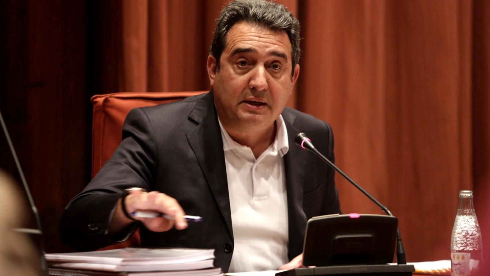 Manuel Bustos, condemnat a tres anys de presó per haver retirat multes a familiars quan era alcalde