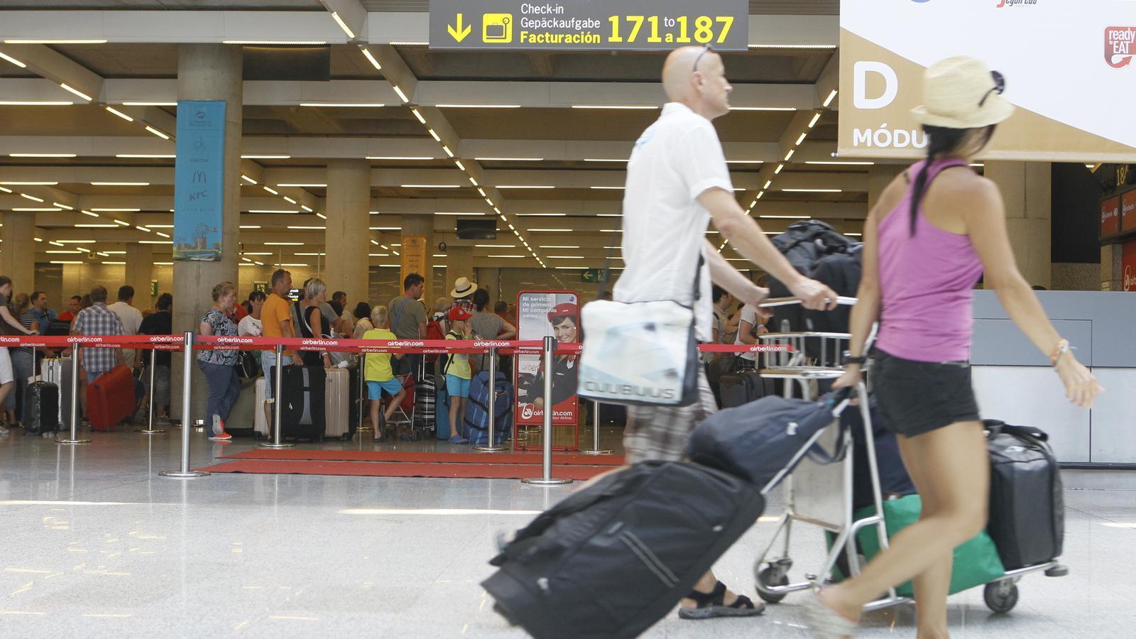 L'aeroport de Son Sant Joan de Palma, Mallorca.