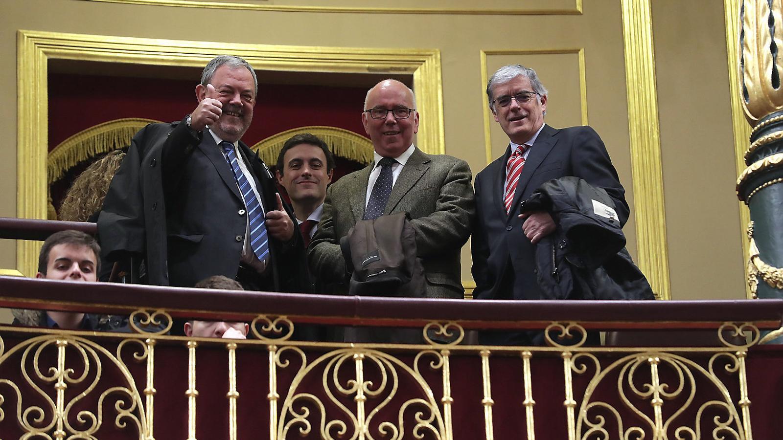 Membres del govern basc van seguir ahir el debat al Congrés que va avalar la nova quota.