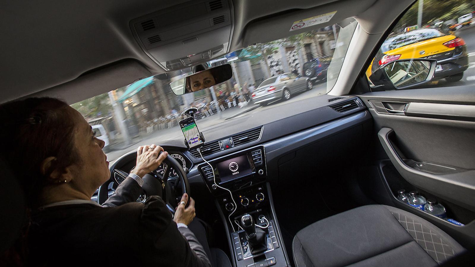 Uber estén el seu servei a 28 municipis de l'àrea de Barcelona