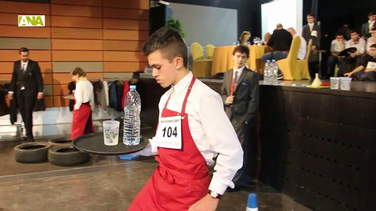 Resum de la cursa de cambrers que s'ha fet aquest divendres al matí a Ordino, amb motiu de la Mostra Gastronòmica