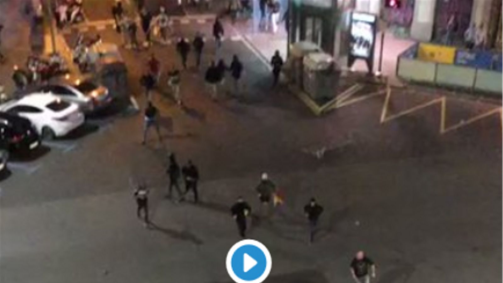 Brutal agressió d'un grup ultra a un jove antifeixista