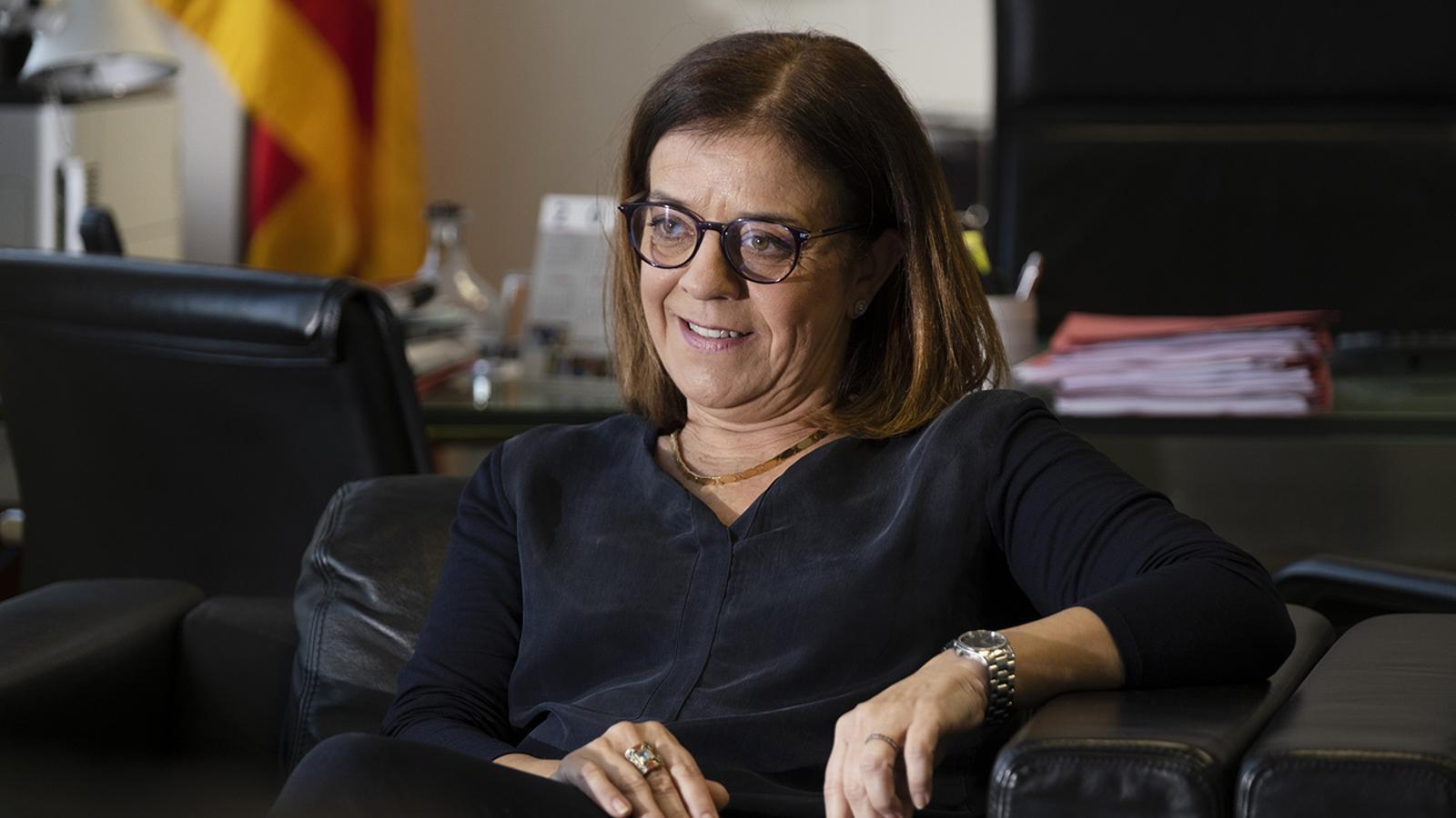 Núria Llorach, al seu despatx de la CCMA.