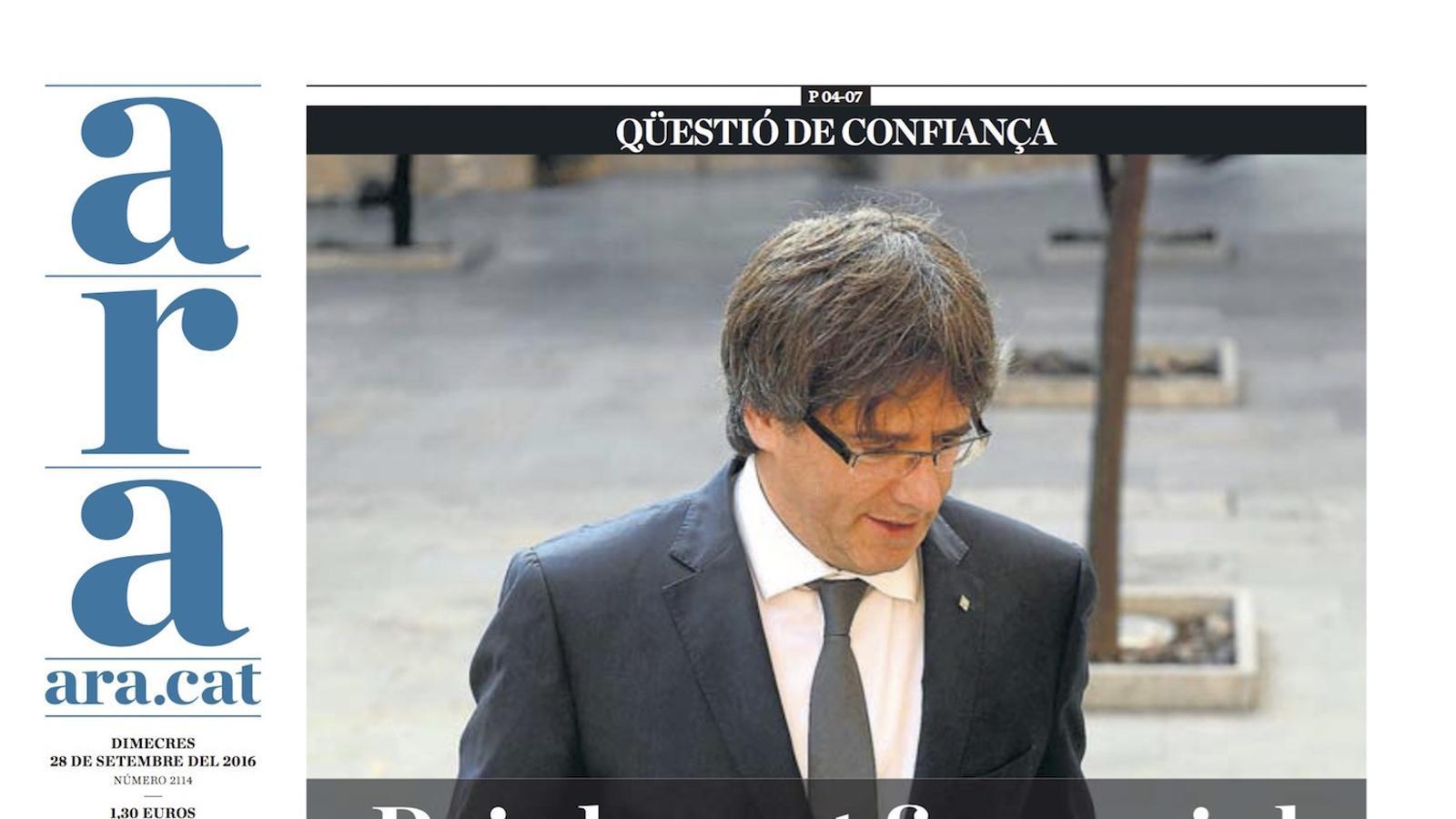 """""""Puigdemont fixa avui el rumb cap al referèndum"""", portada de l'ARA"""