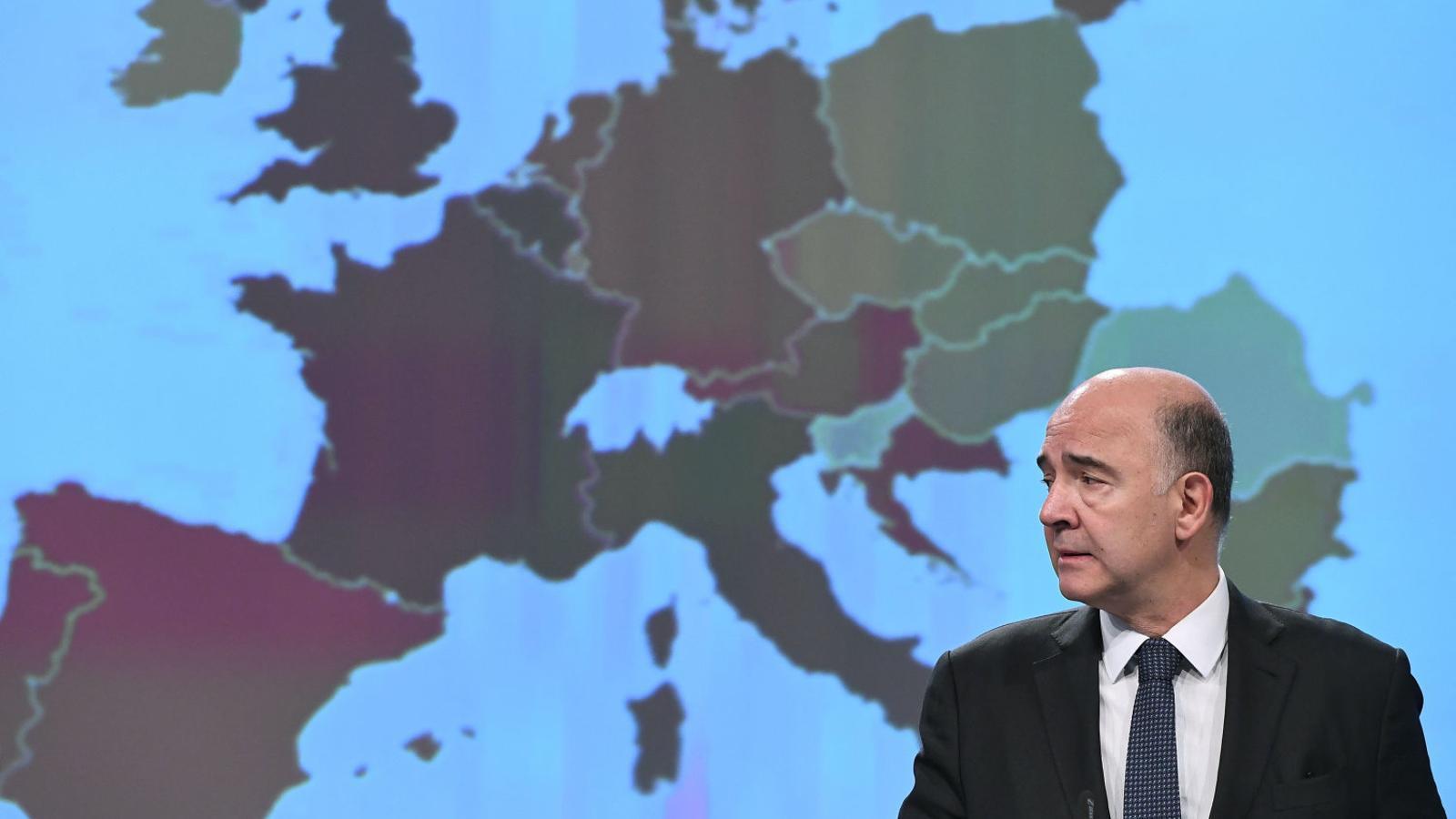El comissari d'Afers Econòmics de la Unió Europea, Pierre Moscovici, va treure ferro ahir a l'afectació econòmica de la crisi política.