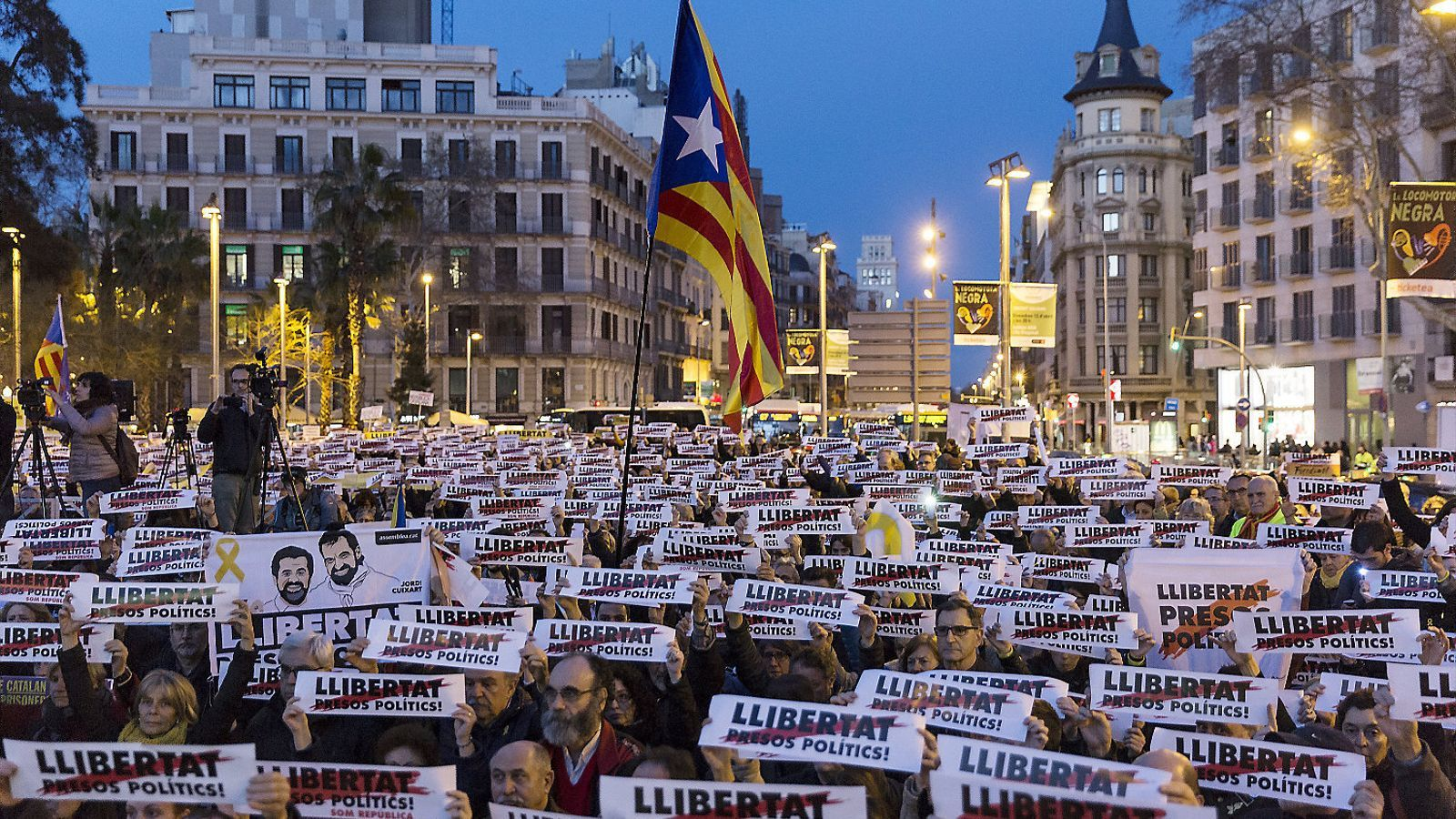 Dret penal de l enemic i proc s independentista antoni - Placa universitat barcelona ...