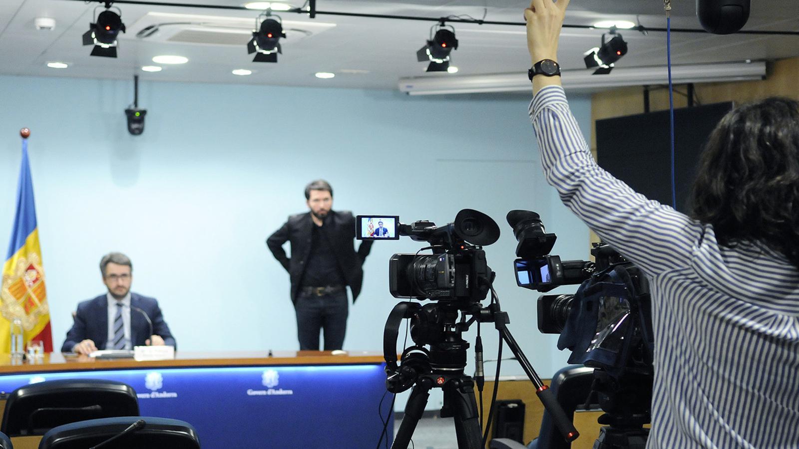 Un moment de la roda de premsa del ministre portaveu, Eric Jover. / SFG