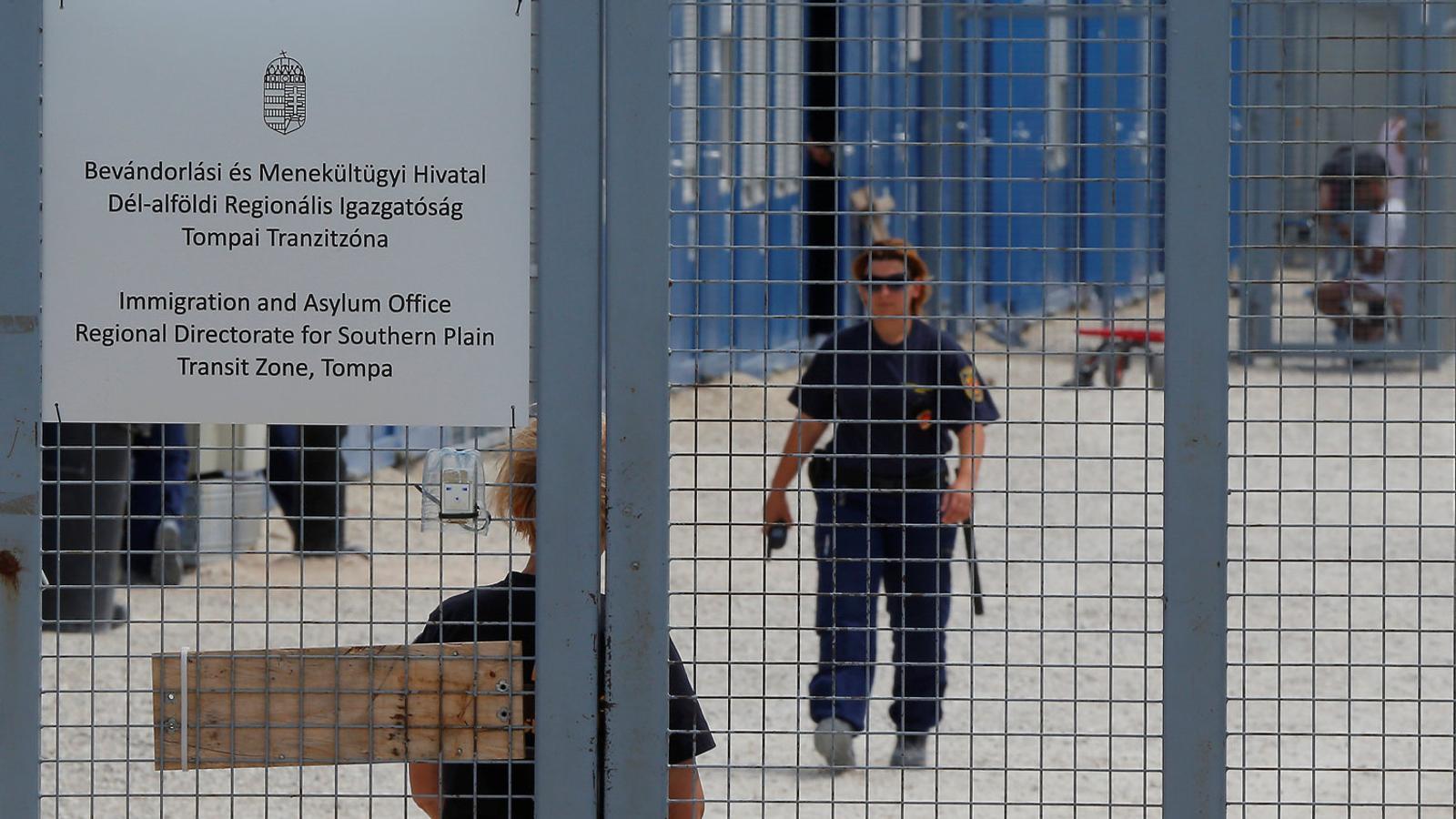 Xenofòbia institucional, detencions sistemàtiques i violència contra els refugiats a Hongria