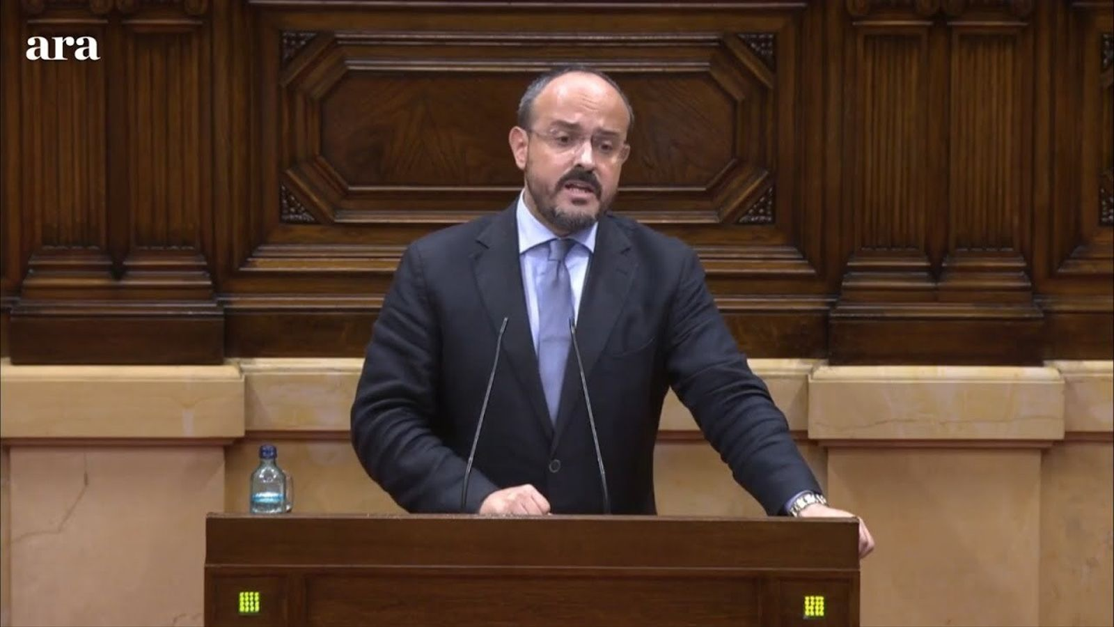 """Fernández (PPC): """"Han tornat a la lògica del moviment nacional populista amb seu a Waterloo que parla de democràcia però mai la practica ni dialoga"""""""