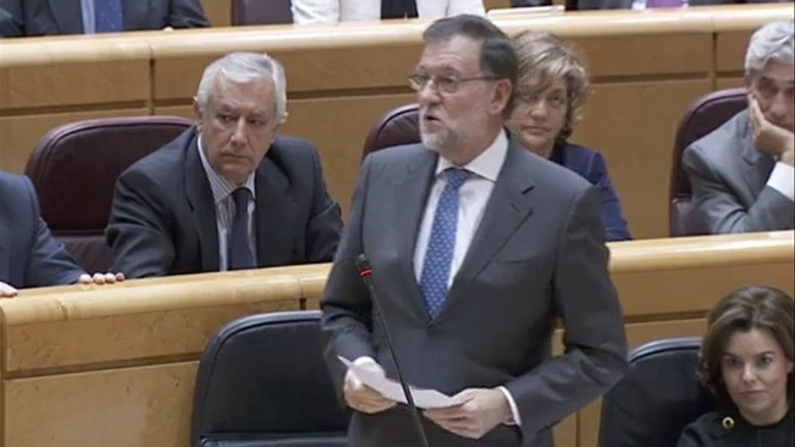 """Rajoy assegura que no es jutja """"ningú per les seves idees"""" i avisa que Catalunya no podrà """"saltar-se la llei a la torera"""""""