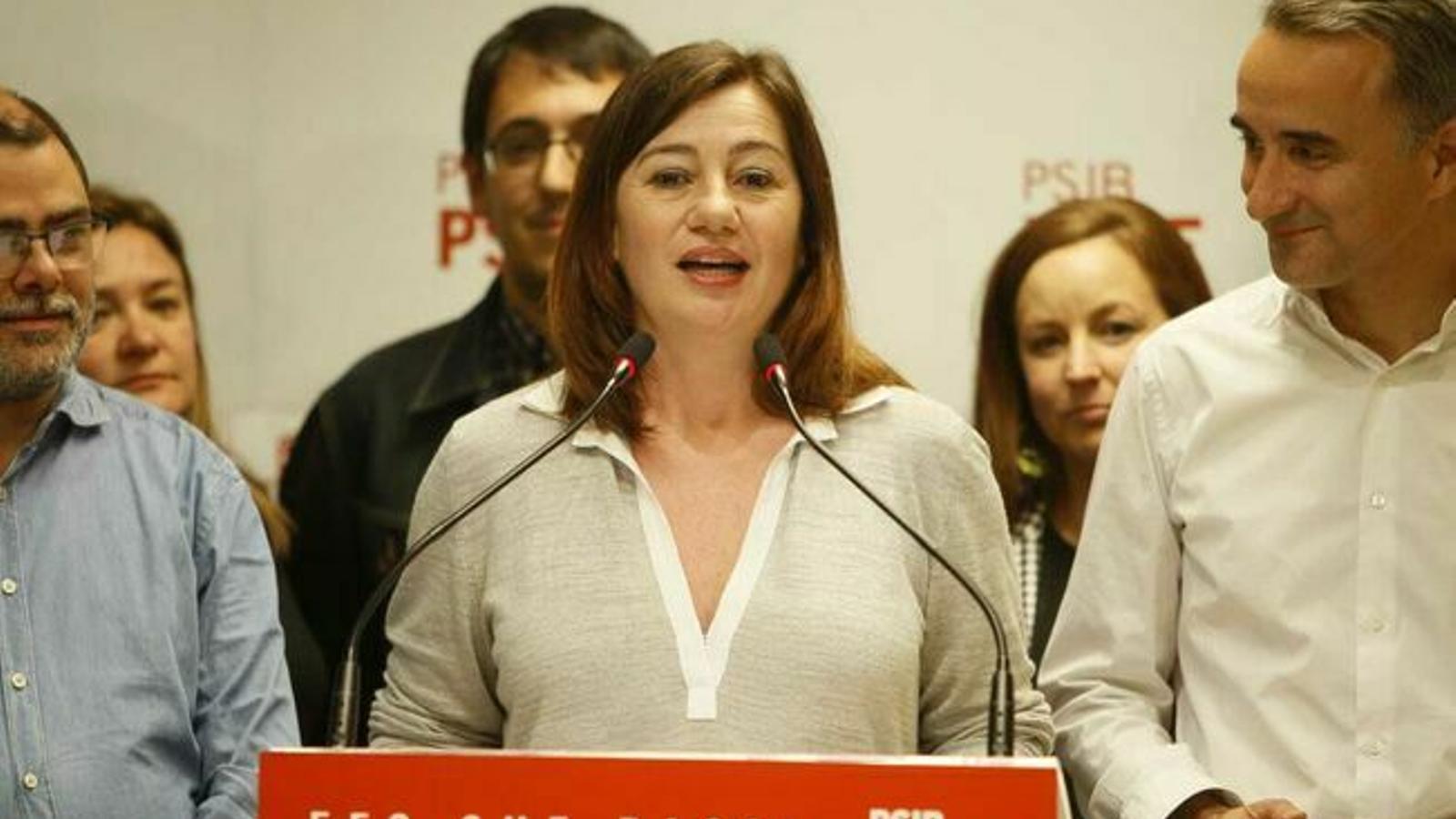 Fins la setmana que ve no se sabrà si Francina Armengol serà presidenta del Govern amb un acord de governabilitat o el suport extern de MÉS.