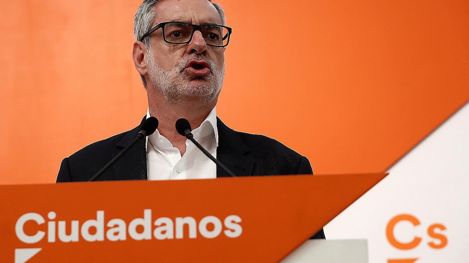 PSOE i Cs eviten demanar la dimissió al líder del PP