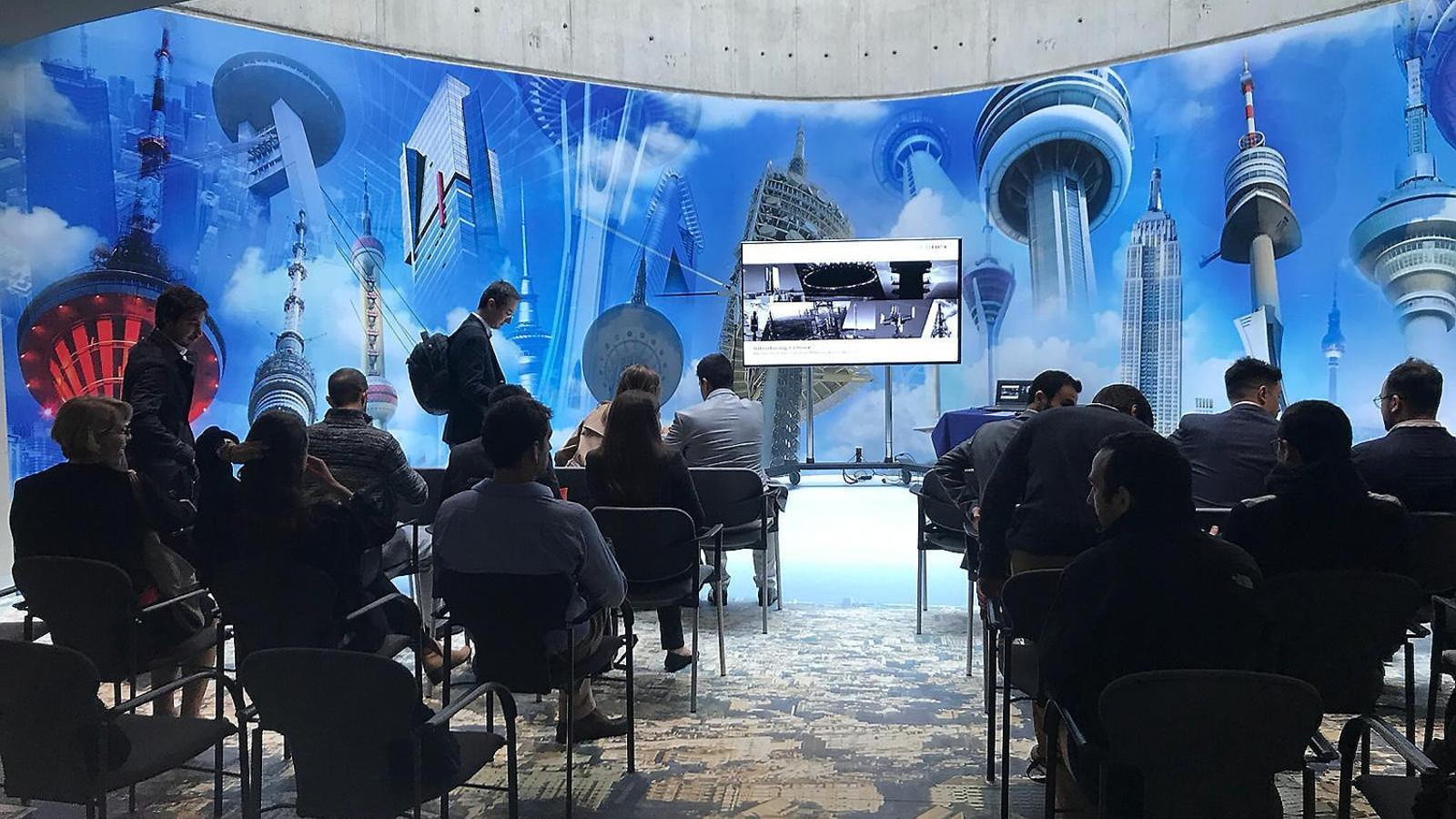 Presentació de Cellnex per a estudiants de MBA ahir a la Torre de Collserola.