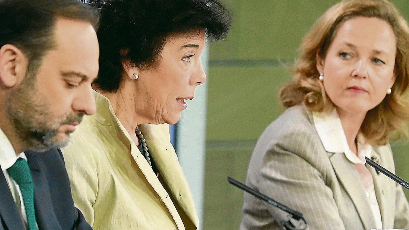 La ministra d'Educació i portaveu del govern espanyol, Isabel Celaá, ahir després del consell de ministres.