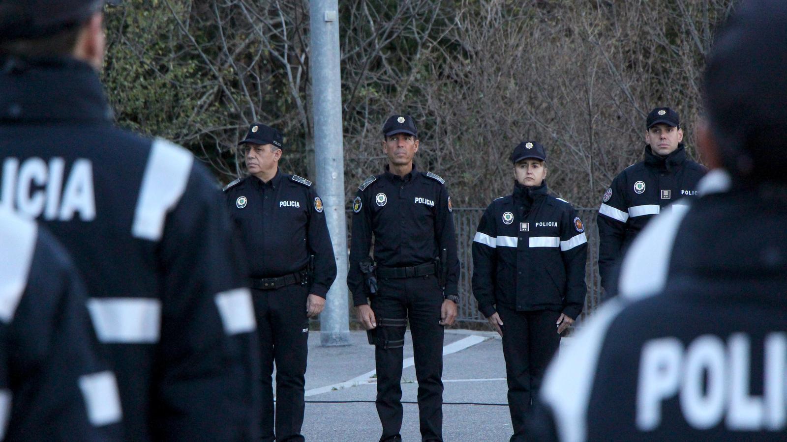El director del cos, Jordi Moreno, durant la cerimònia d'obertura de la 53a promoció d'agents de policia. / C.G. (ANA)