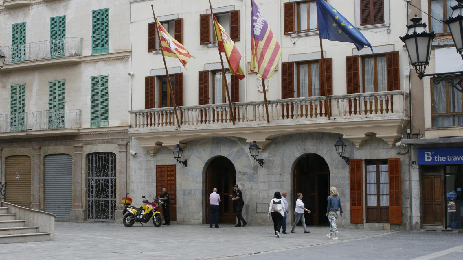 L'Ajuntament d'Inca promou l'aprenentatge combinat amb treball específic.