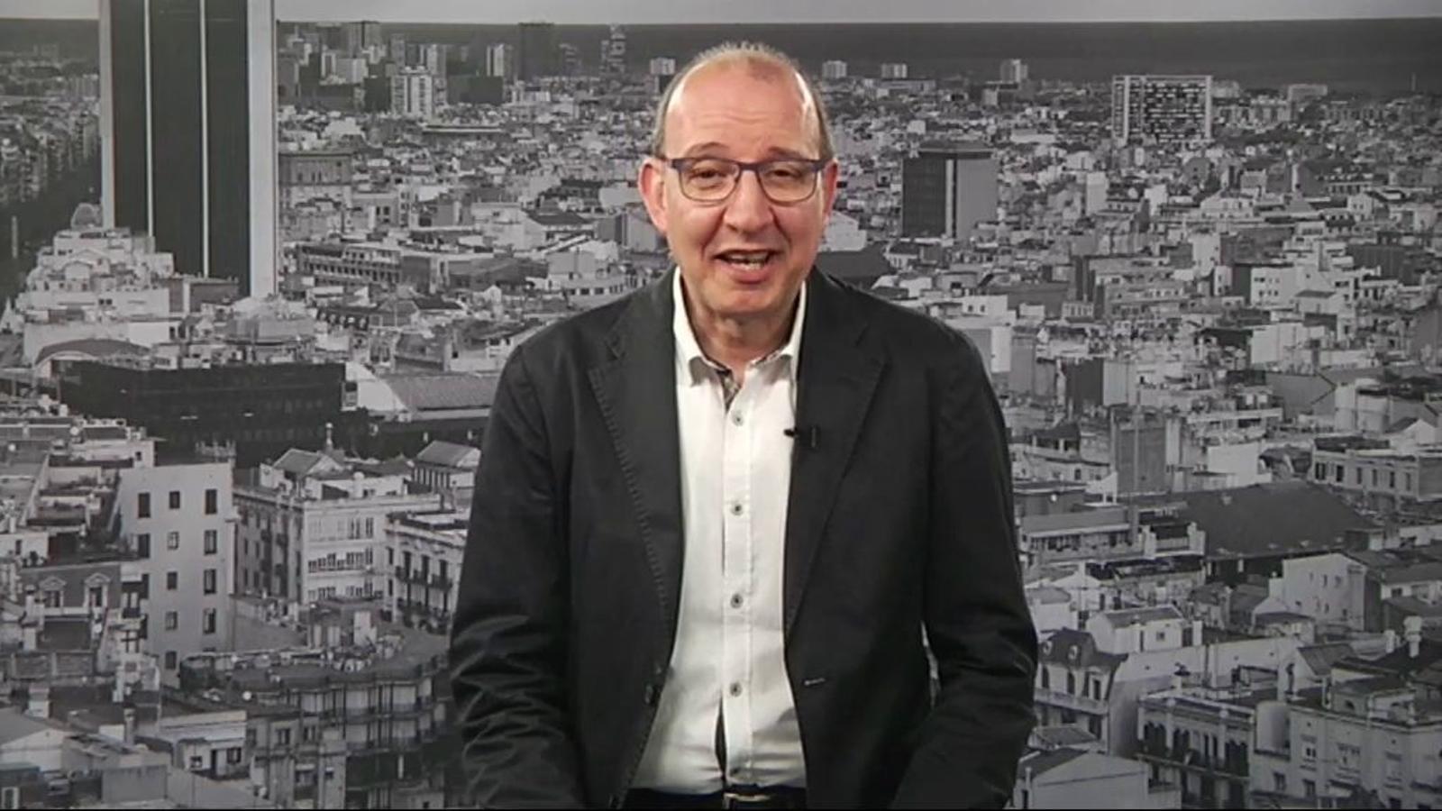 L'editorial d'Antoni Bassas: Més enllà del Barça i del futbol (05/06/2015)