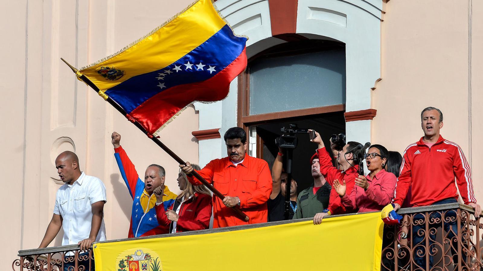 Cops al pit per Veneçuela