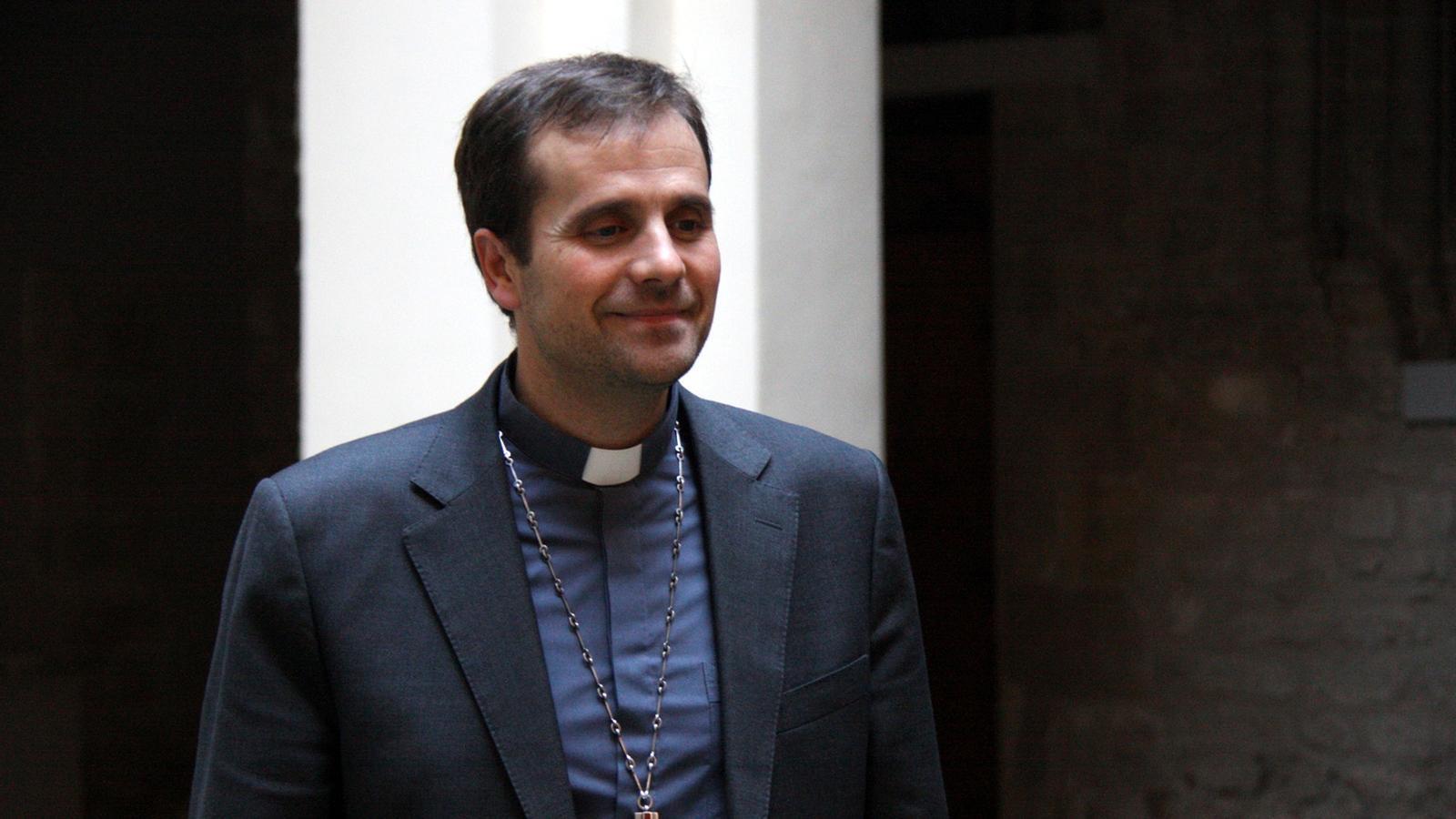 El bisbe de Solsona, Xavier Novell, en una imatge d'arxiu al Palau Episcopal
