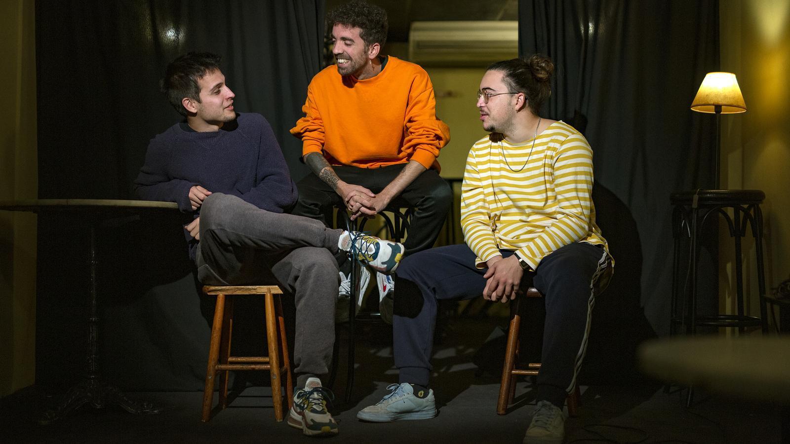 Klaus Stroink, Rai Benet i Guillem Boltó, els tres Stay Homas, en un local del carrer Balmes de Barcelona.