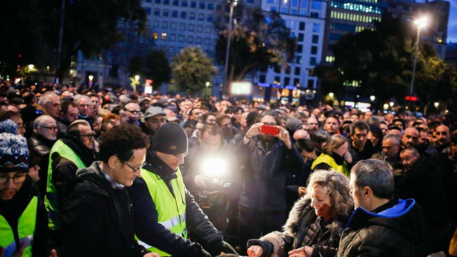 Així s'ha organitzat el 'referèndum' dels taxistes per decidir sobre la vaga