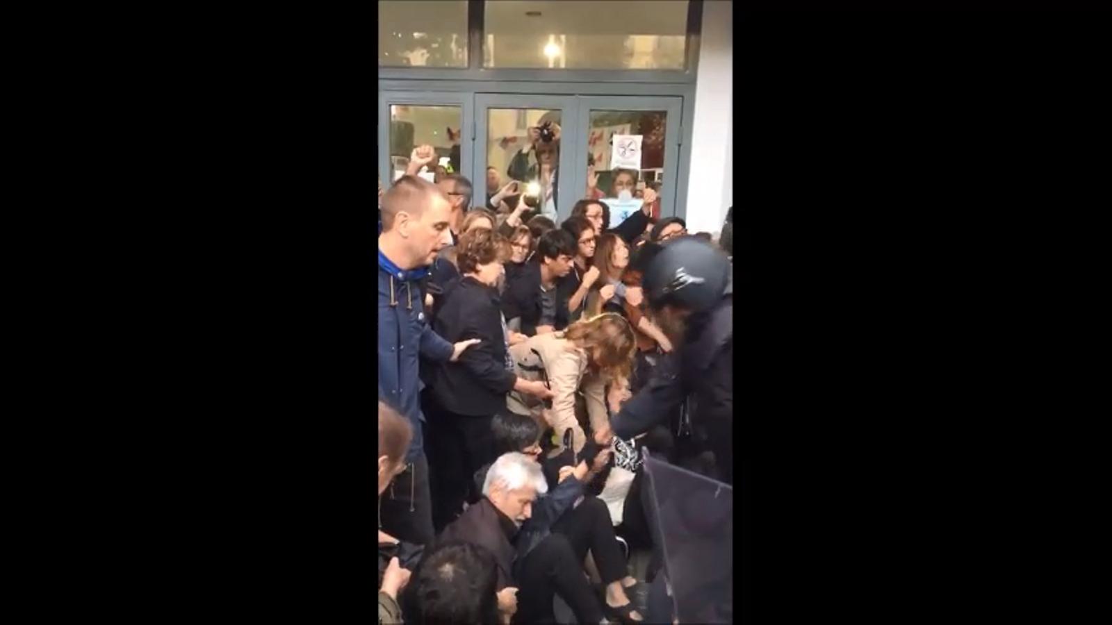 Violència a l'Institut Jaume Balmes de Barcelona