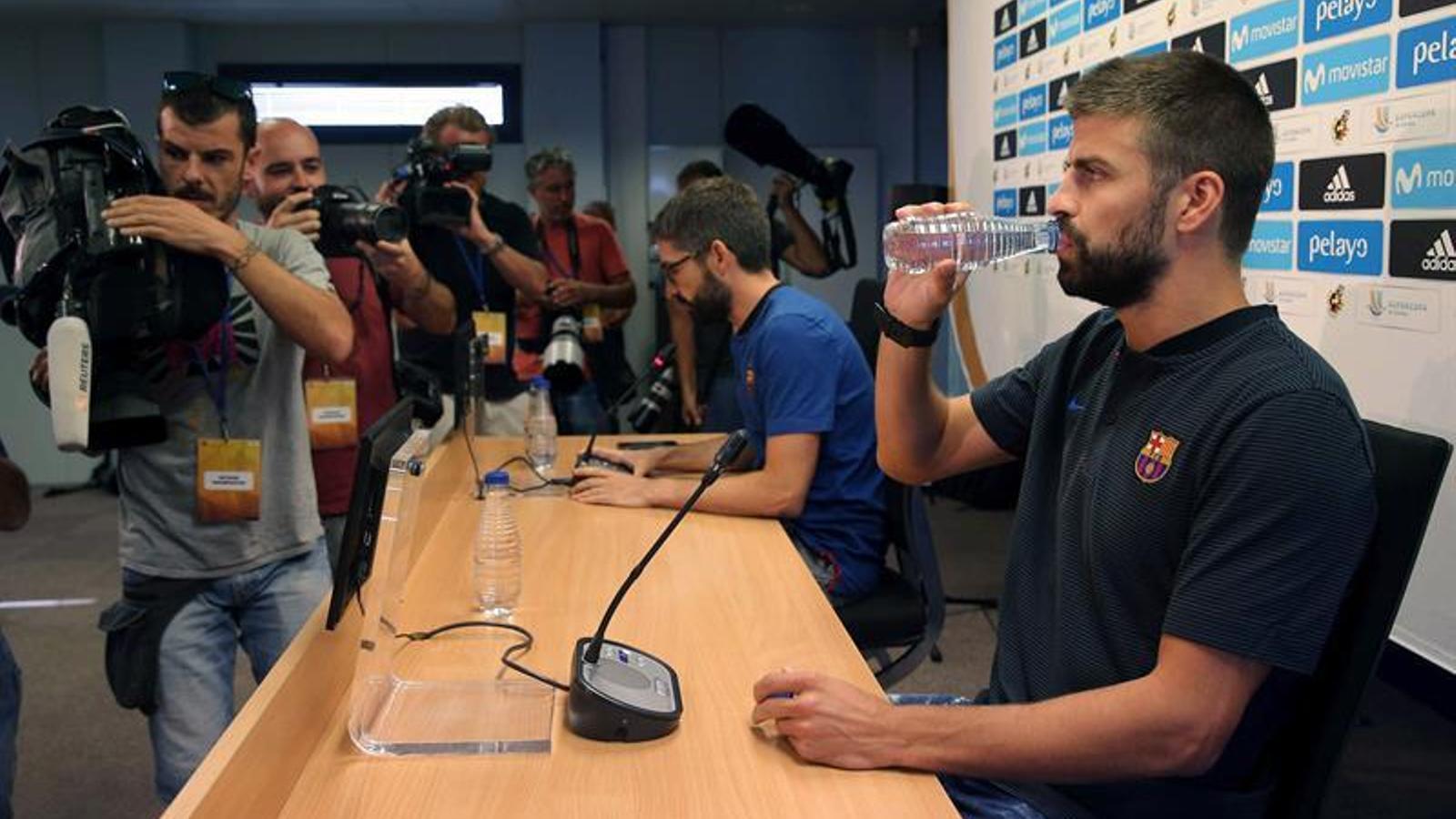 El Barça cridarà a files Piqué i Umtiti per parlar del cas Griezmann després del Mundial