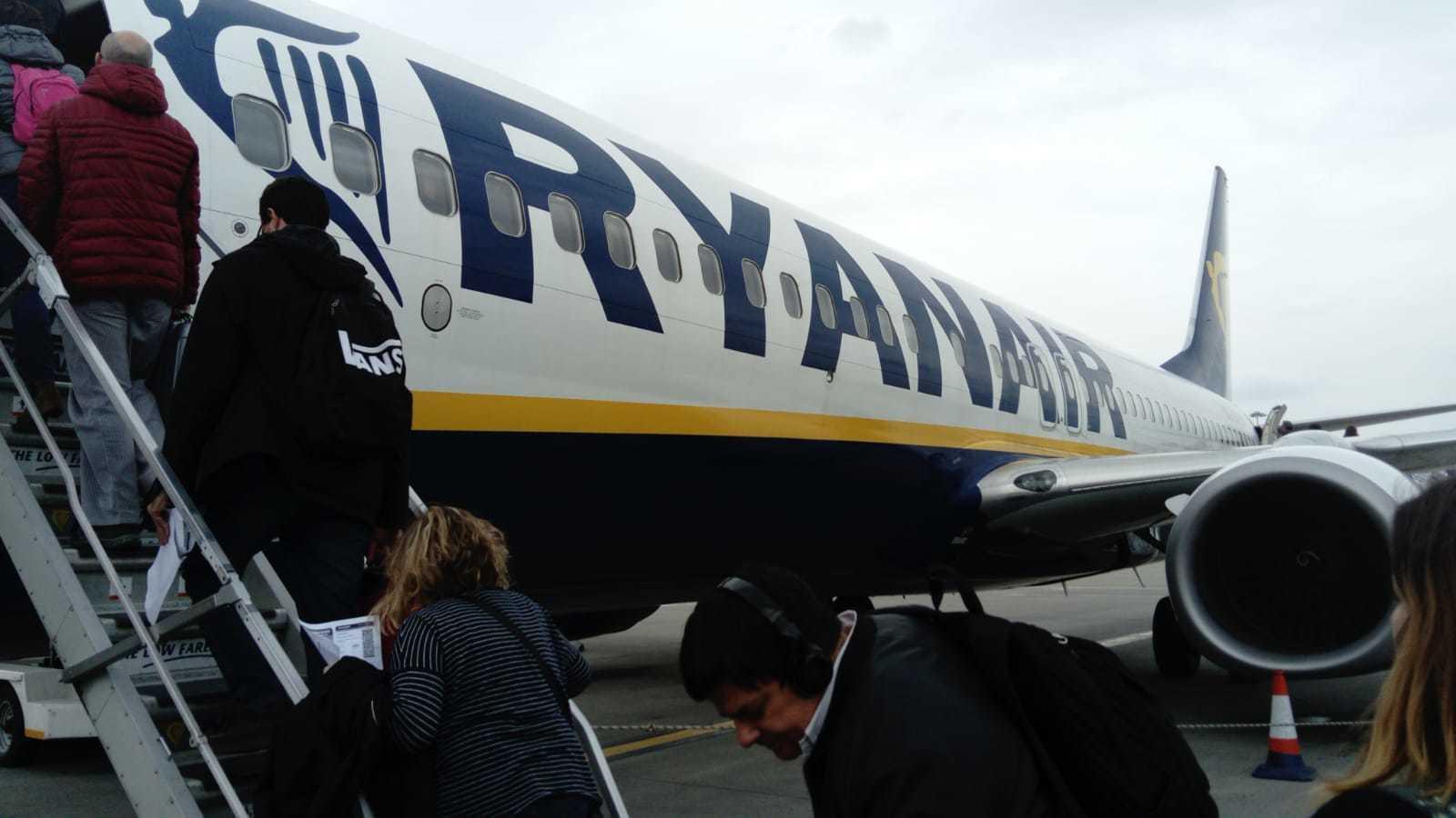 Un avió de Ryanair,  a l'aeroport de Stansted / QUIM ARANDA