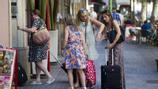 Barcelona rebaixa les sancions als particulars que lloguen pisos turístics il·legals