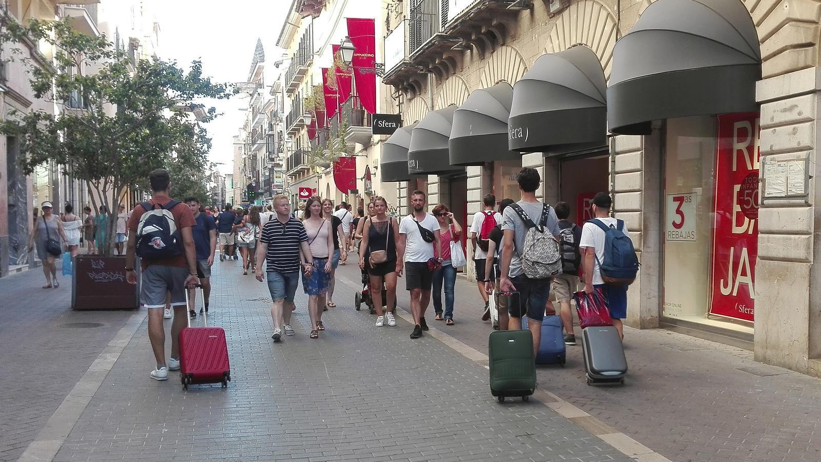 """Ciutat per a qui l'habita demana """"coratge"""" al Govern per prohibir el lloguer turístic a pisos"""