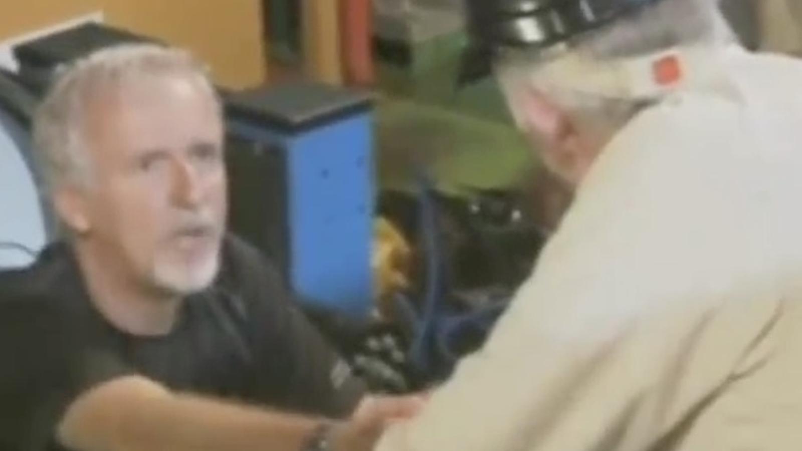 James Cameron, el primer d'enfonsar-se sol a les Marianes