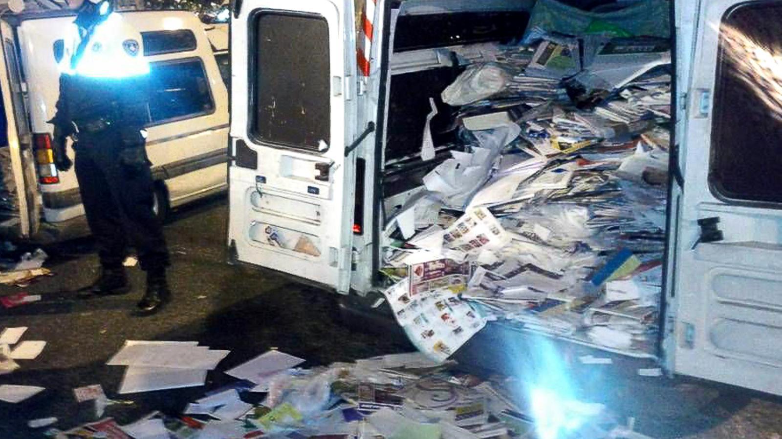 El valor del paper i cartró extret de manera il·legal costa un milió i mig anuals a Catalunya / EFE