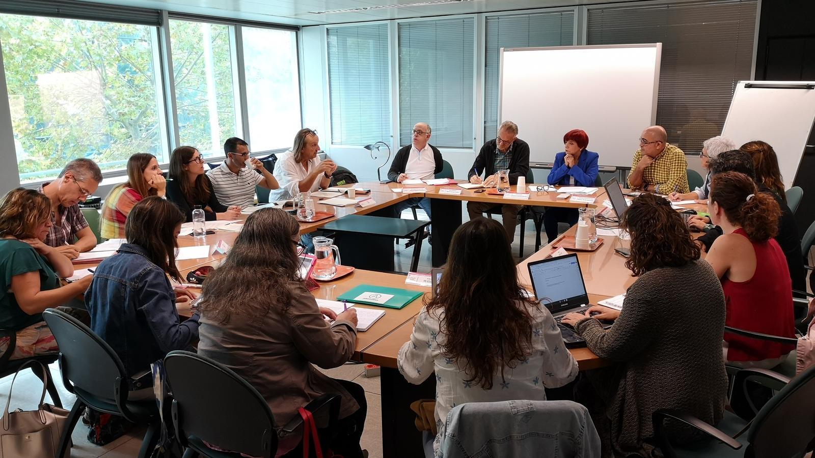 Reunió de la Mesa Sectorial d'Educació on s'ha tractat el tema de les especialitzats per les oposicions