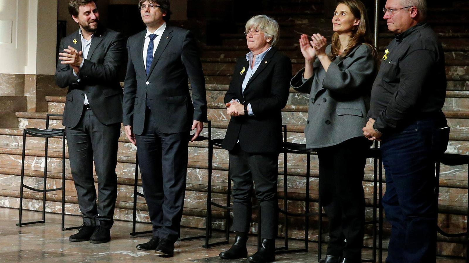 Serret, Puig y Comín compareixen davant el tribunal de primera instància belga que ha de decidir sobre l'euroordre