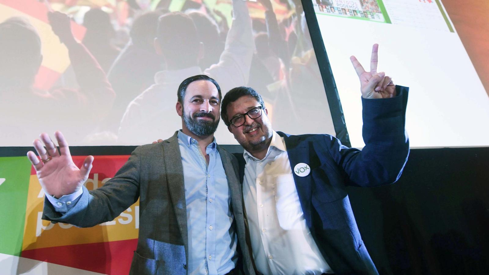 El president de Vox, Santiago Abascal, i el candidat a la presidència de la Junta d'Andalusia, Francisco Serrano, ahir després de conèixer els resultats de les eleccions andaluses