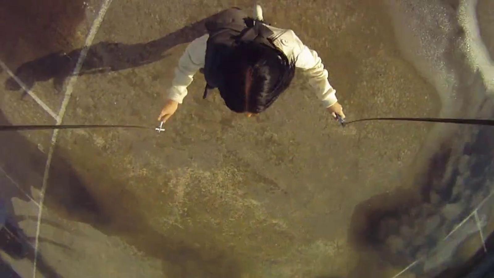 Saltar la corda (i la càmera)