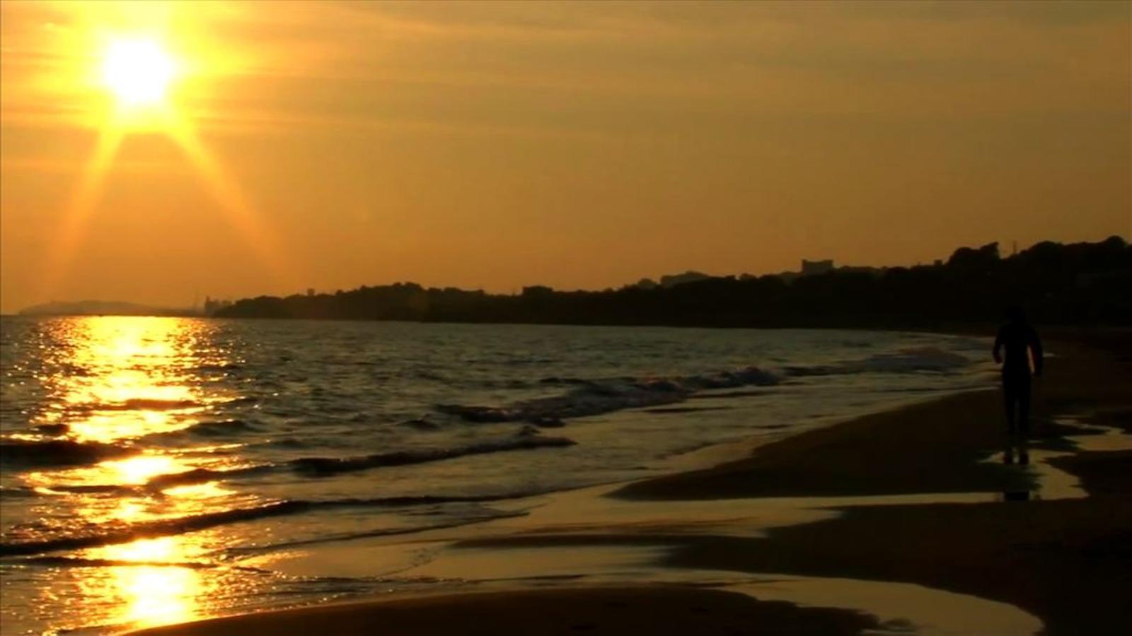 Platges tarragonines, en un vídeo-art