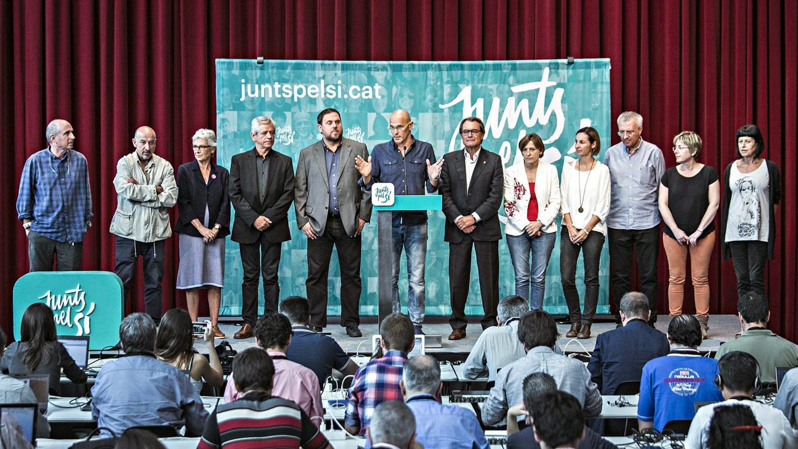Junts pel Sí tanca files contra el veto de la CUP a Mas