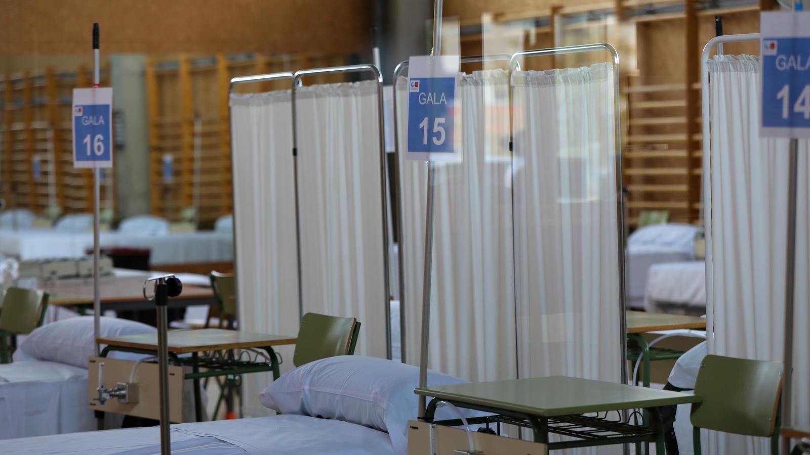 Imatge de l'hospital de campanya ubicat a la Universitat d'Alcalá de Henares, a Madrid.