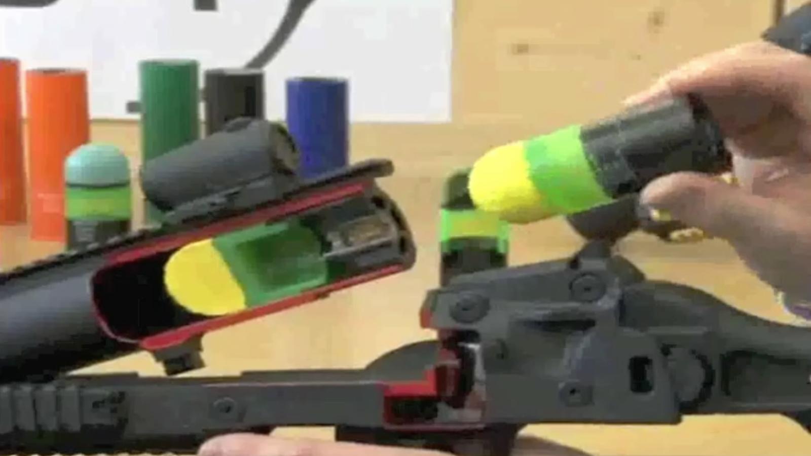 Nova arma antiavalots per substituir les pilotes de goma dels Mossos