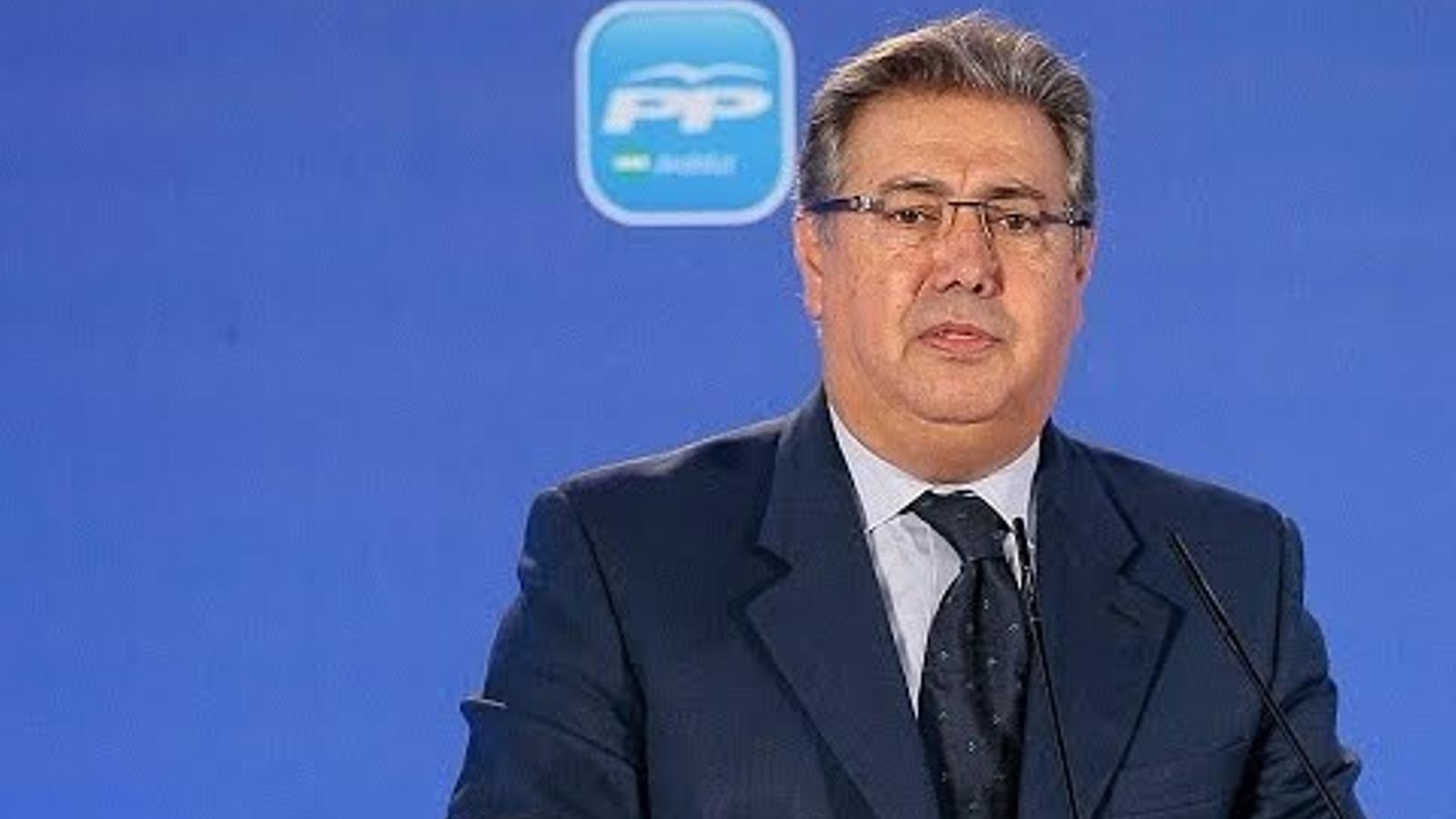 Mirada cr tica el nou ministre de l 39 interior va cobrar for Ministre interior